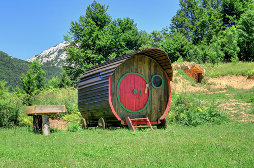 Rent a tiny home online