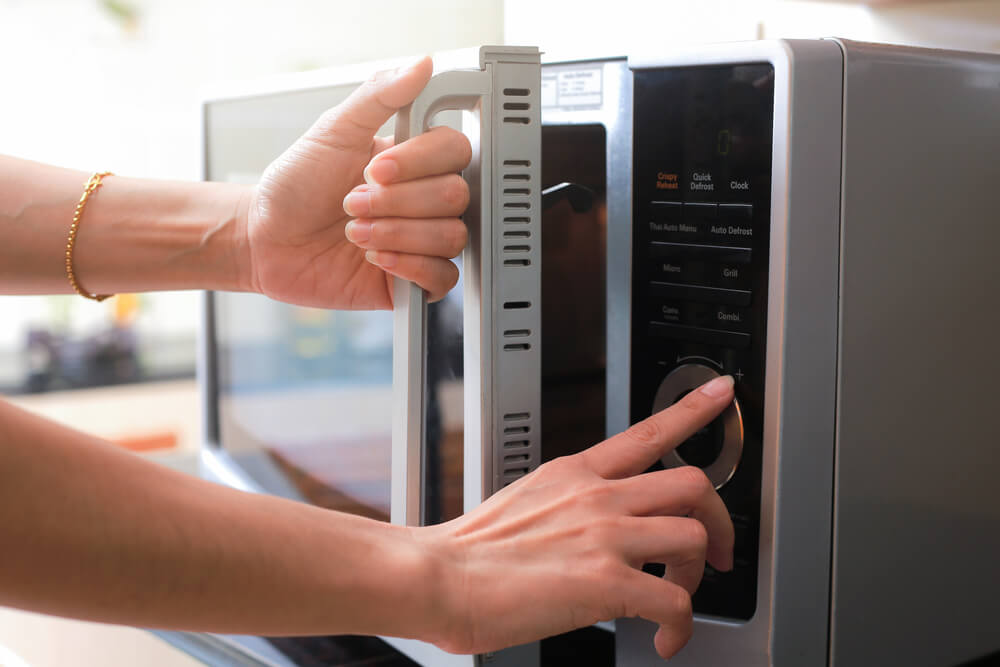 home appliances your tiny house needs microwave