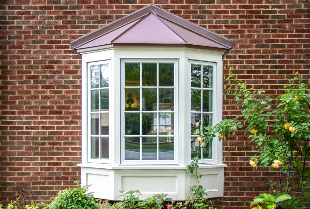 right window for a tiny house bay window