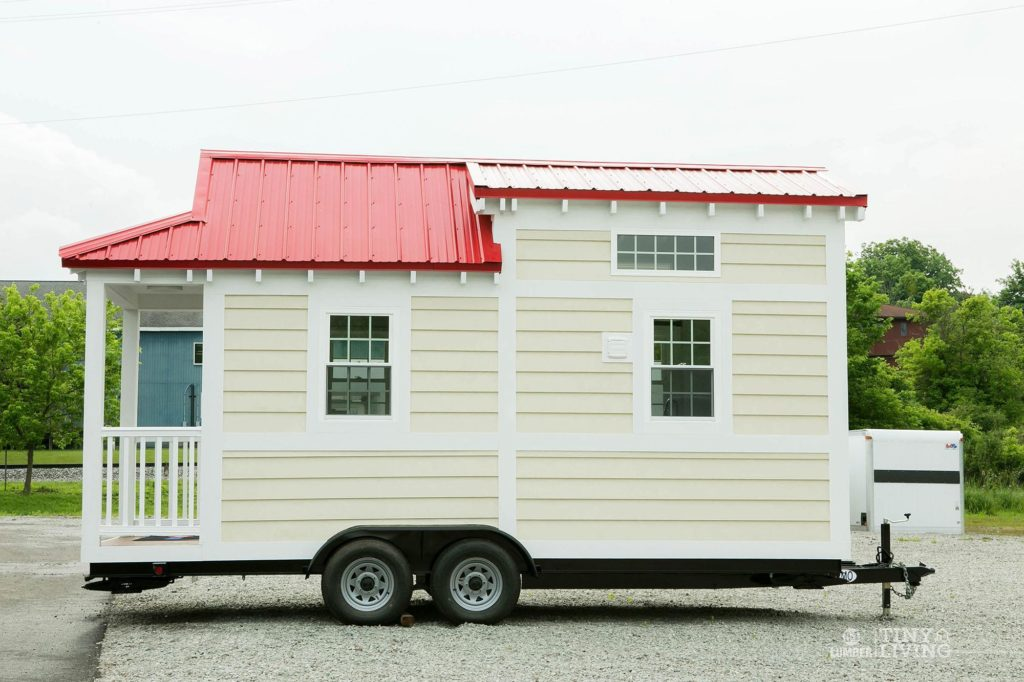 84tinyliving-shonsie-tiny-home