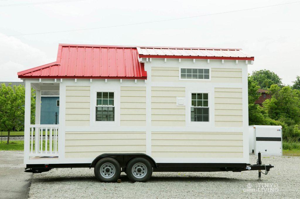 84tinyliving-shonsie-tiny-home