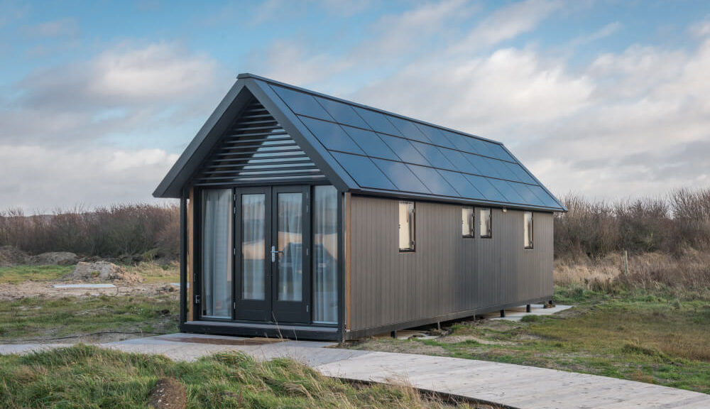 simple and modern tiny house