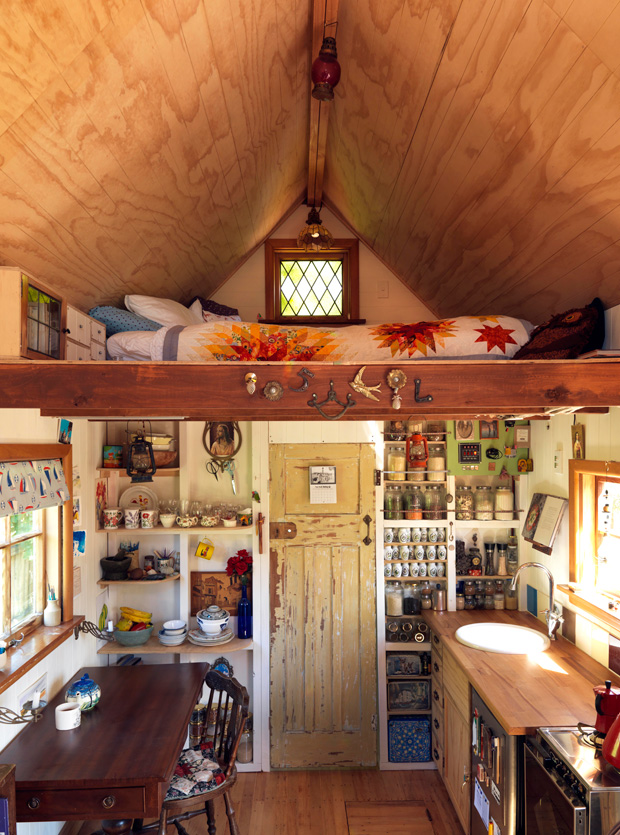 tiny house rooms - lots of knick-knacks